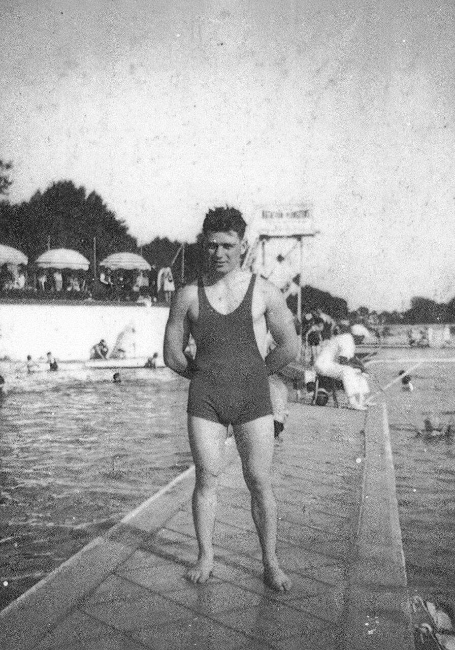 Robert Marchand in 1933